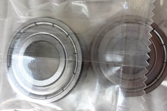 High Performance Auto Bearing SKF 6303-2z