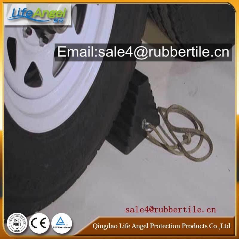 Wheel Chock / Truck Stopper, Rubber Cushion
