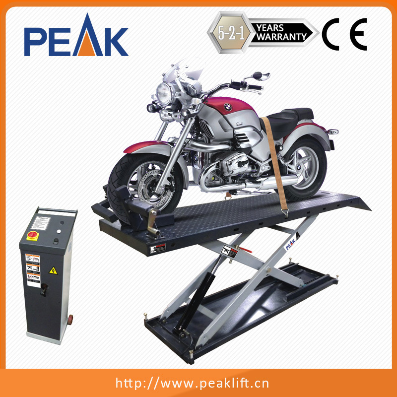 Electric Hydraulic Control Home Garage Equipment Motorcycle Scissors Lift Table (MC-600)