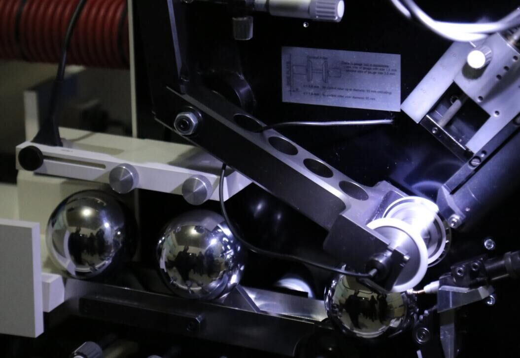 China Manufacturer for AISI S-2 Tool (Rockbbit) Balls