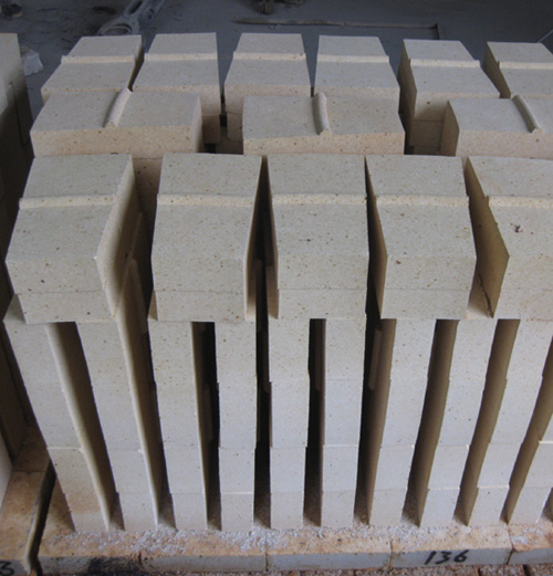 High Alumina Fire Cement : China cement kiln use anti strip high alumina fire brick