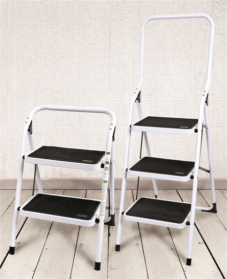 2 Steps Steel Ladder with Wide Metal Steps Non-Slip