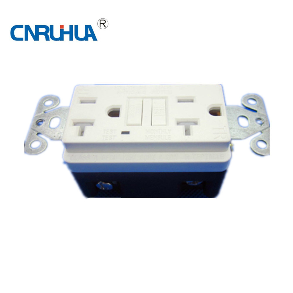 Manufacture Ivory 3 Way Receptacle