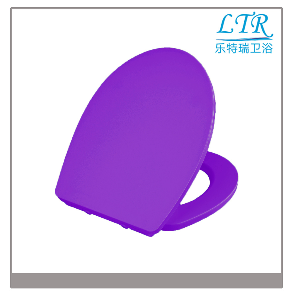 UF Colored Toilet Seat with Soft Close Hinges