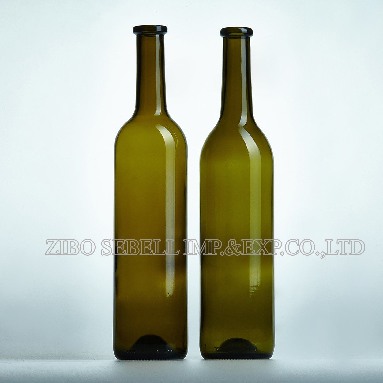 750ml Wine Glass Bottle with Cork Top in Bordeaux Design (NA-014)