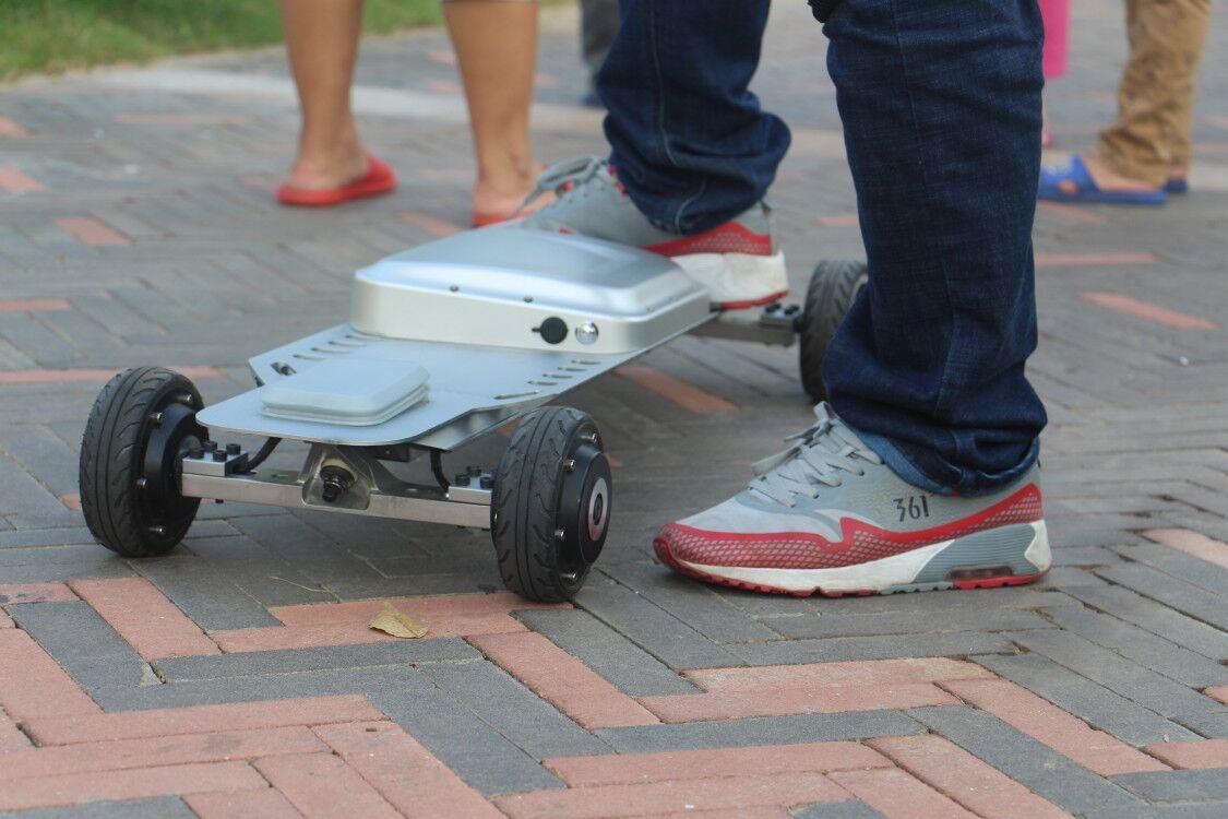 Gotway Hot Sell 35km/H 4 Wheel Electric Skateboard Self Balancing Hoverboard