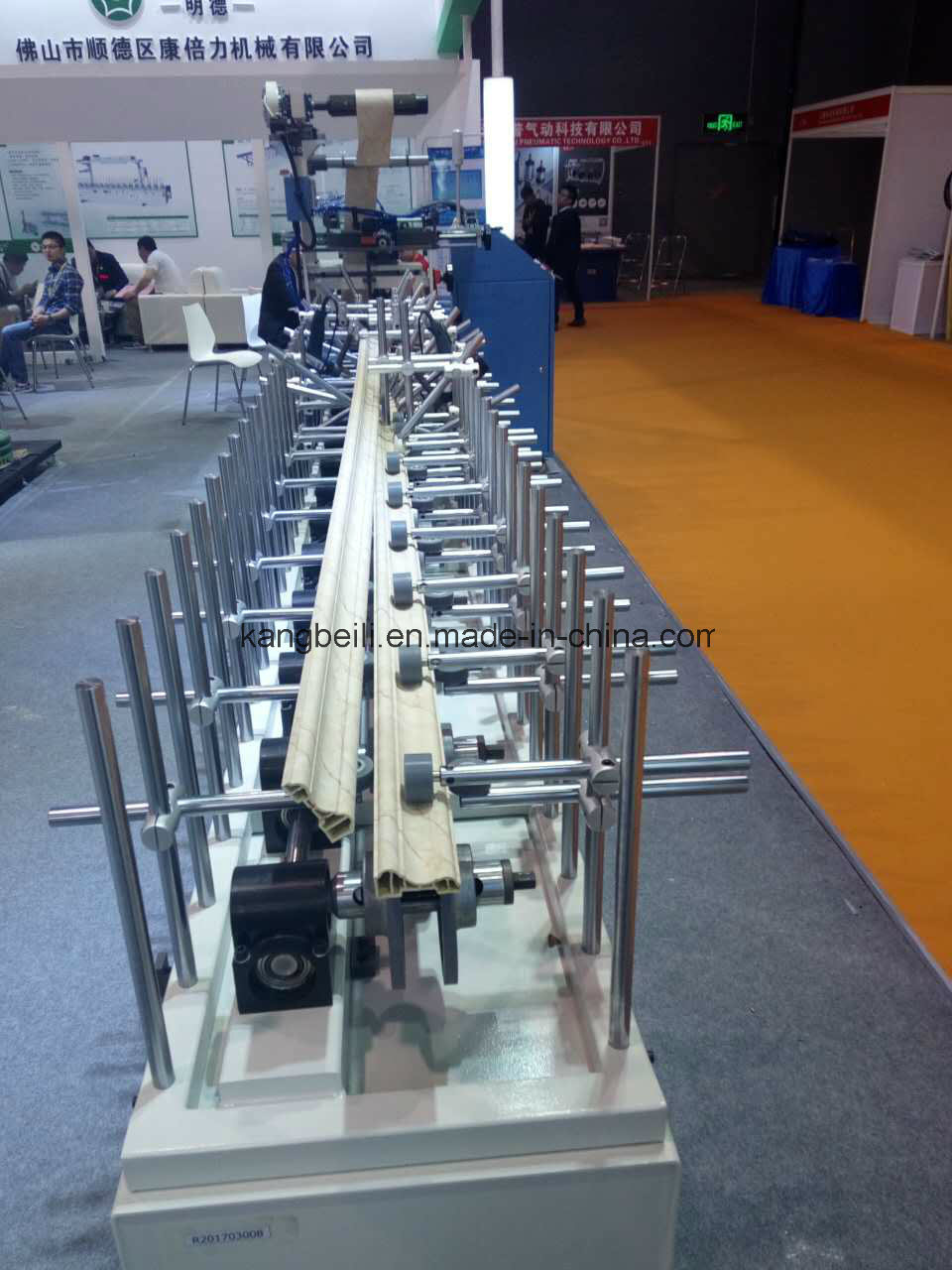 HDF Board TUV Certiciated Mingde Brand Furniture Indoor Decorative Wrapping/Gluing Machine
