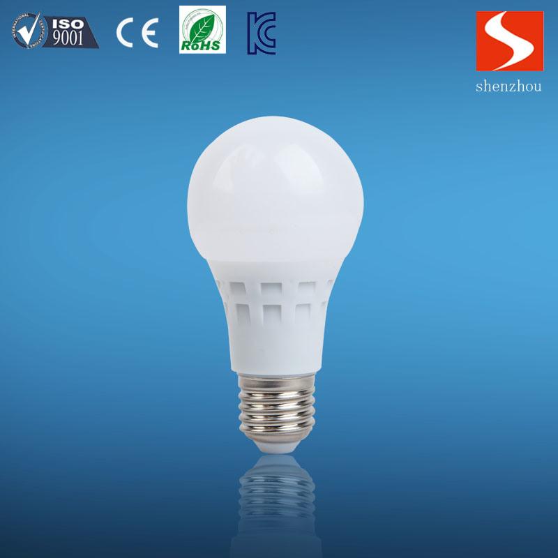 Good Quality 12W E27 2700/6500k LED Bulb Light