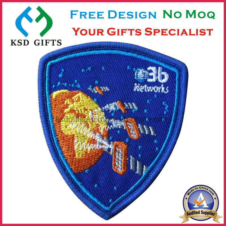 Popular Fabric Garment Accessories /Custom Embroidered Patch