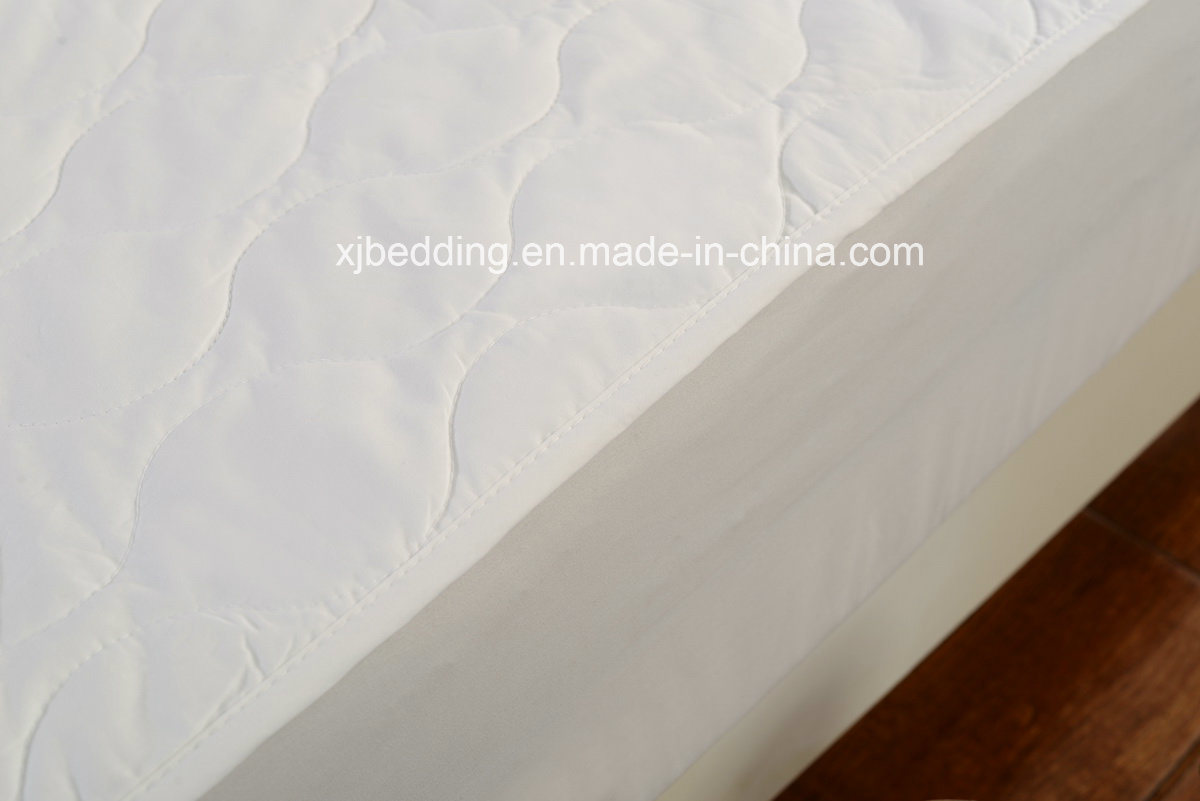 Multi-Needle Quilted Cotton Mattress Pad with knitted Skirt