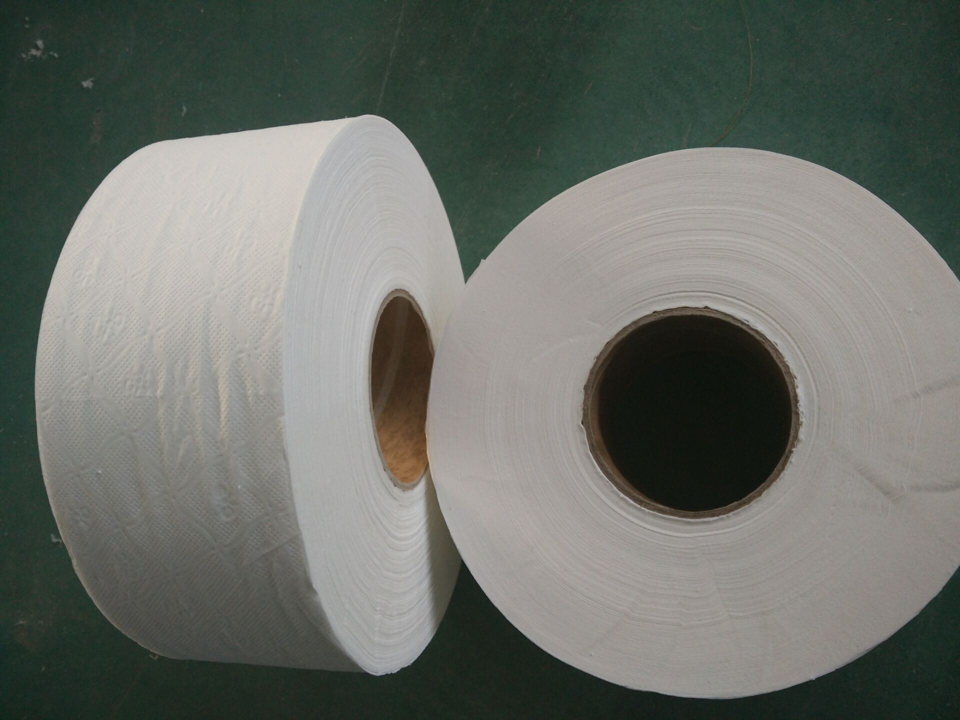 Virgin Pulp Jumbo Roll Tissue, Premium Quality Jrt, Embossing