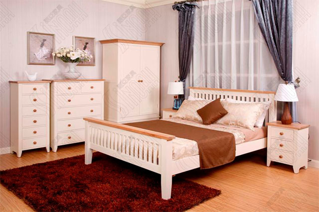 China Wooden Bedroom Furniture Pine Double Bed Photos