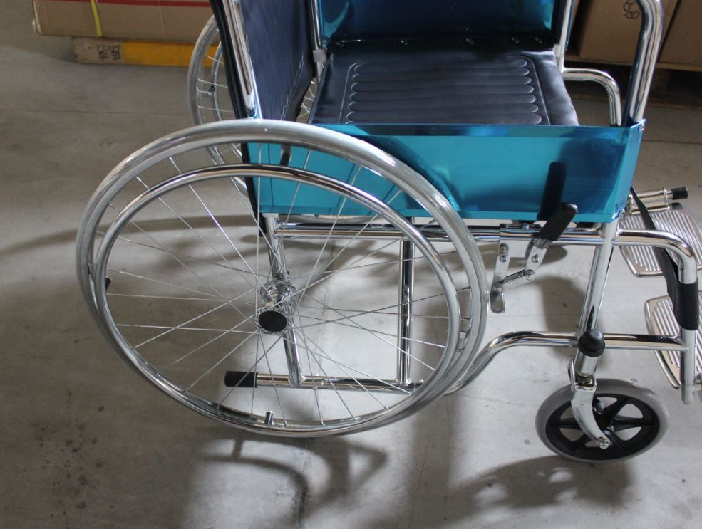 High Quality Disable Use Durable/Steel/Pushing/Manual Wheelchair (SK-SW201)