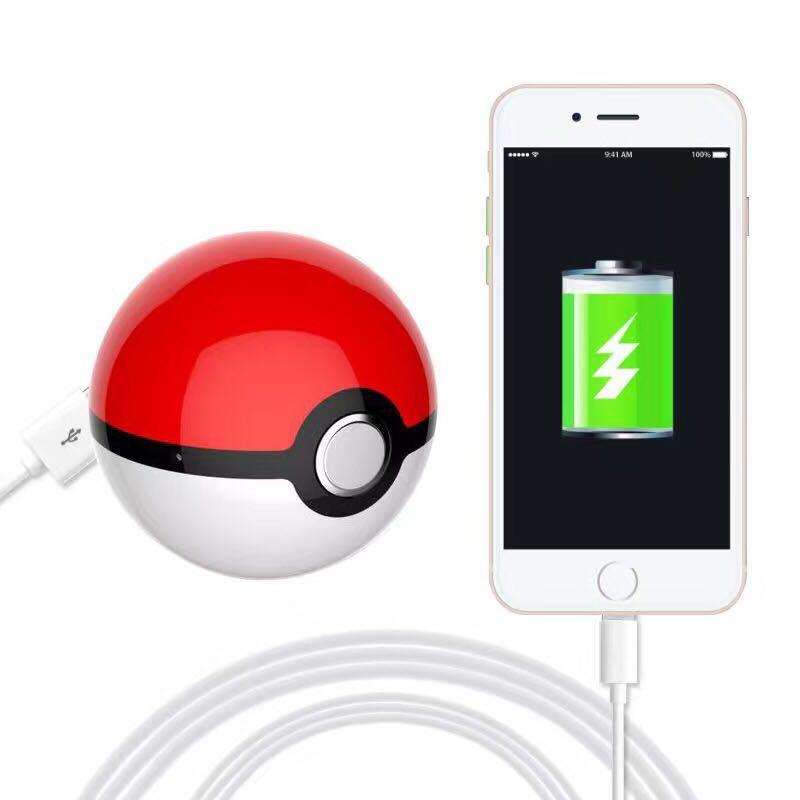 2017 New Pokemon Go Ball Chager Power Bank