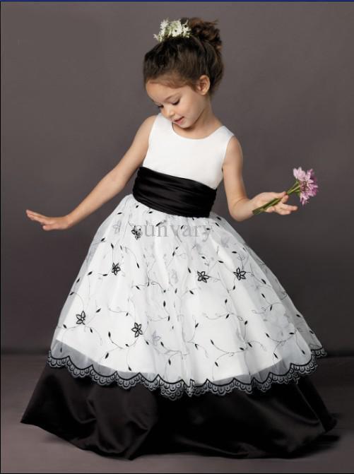 White And Black Flower Girl Dresses 40