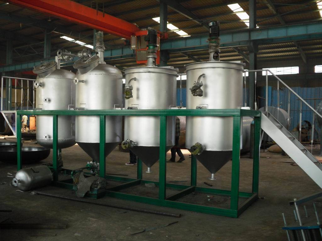 Edible Oil Plants : Oil refinery system of the world edible