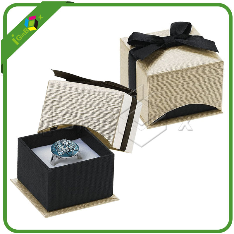 Custom Printed Paper Cardboard Jewelry / Gift Packaging Jewellery Box for Packing