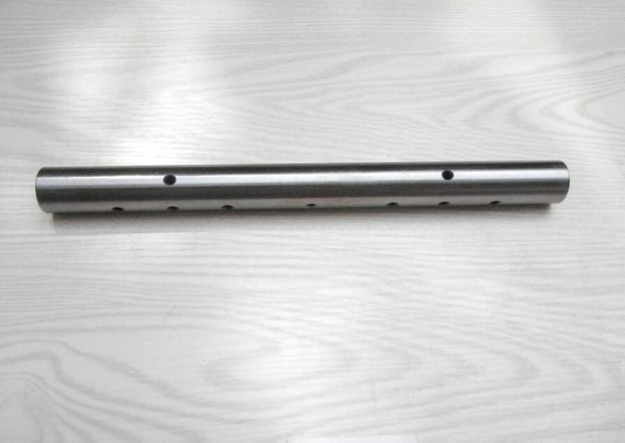Cummins Rocker Lever Shaft (3038904) for Ccec Engine Part
