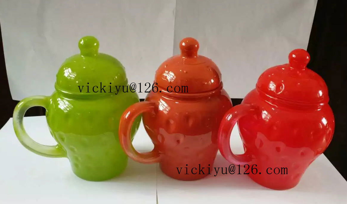 300ml Red Wave Point Glass Jar for Milk with Lid