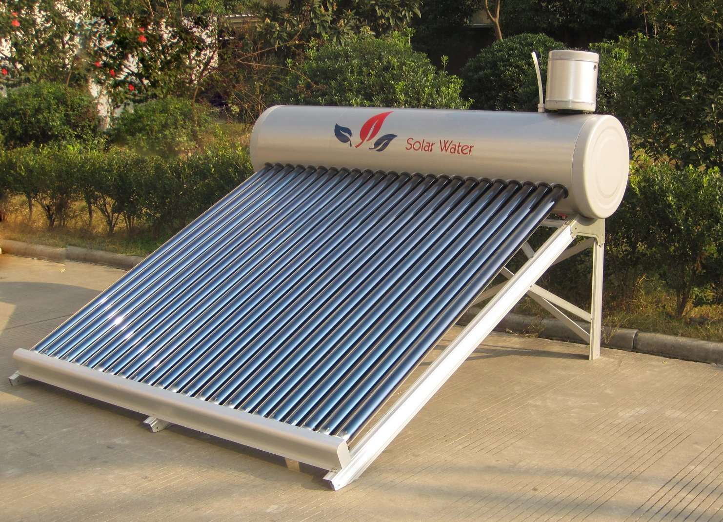 Non-Pressurized Solar Water Heater (120L) & Solar Water Heating