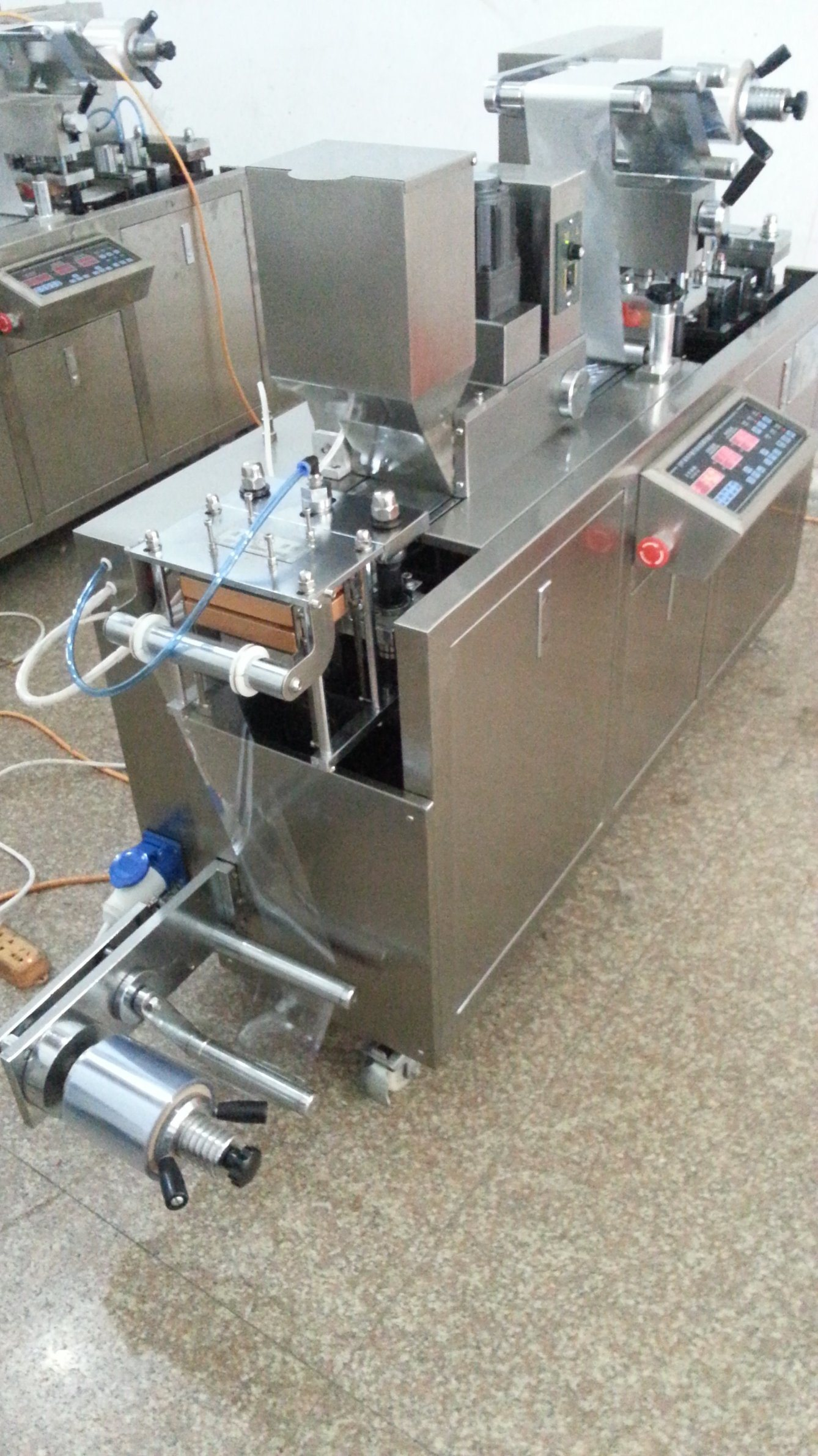 Dpp-260e/350e Automatic Alu PVC Blister Packing Machine for Capsule and Tablet