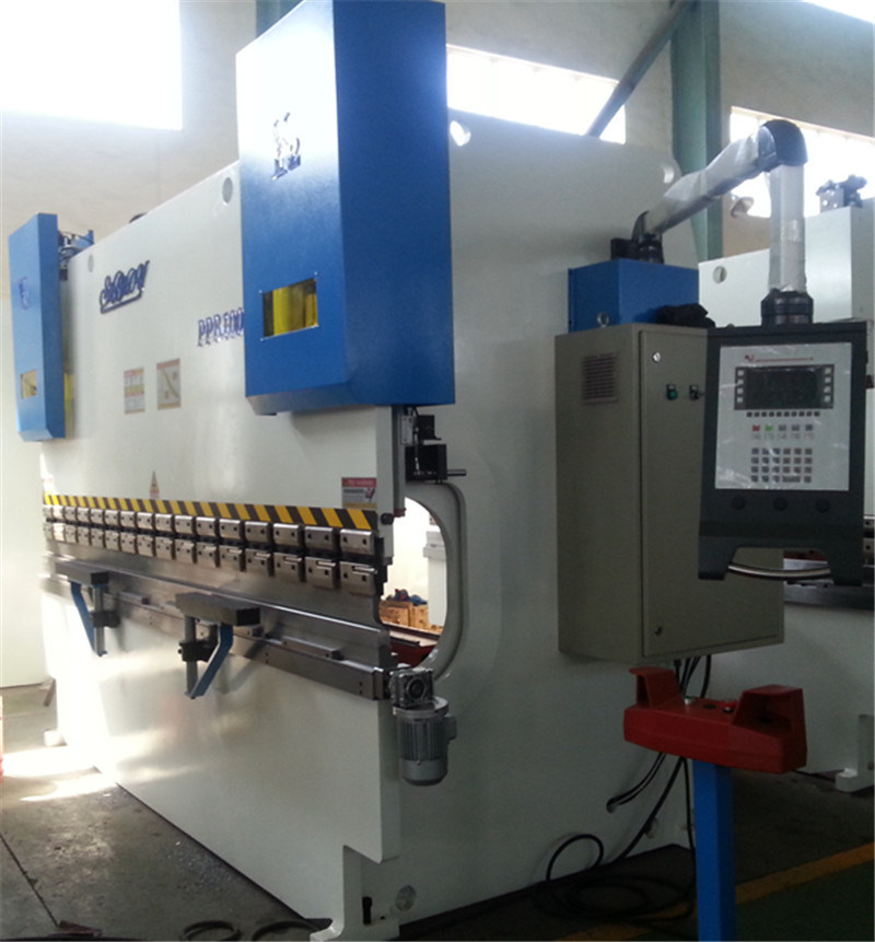 CNC Sheet Metal Bending Machine/Press Brake