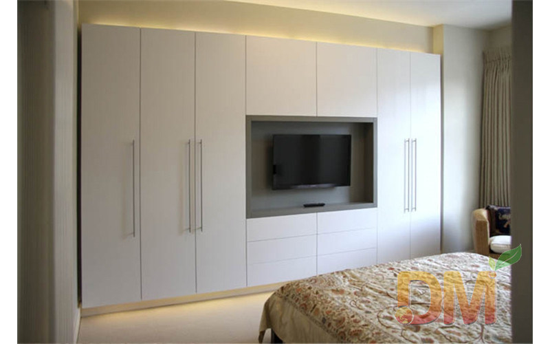 China Hight Gloss Bedroom Set Built In Wardrobe With Tv Unit Closet China Built In Wardrobe