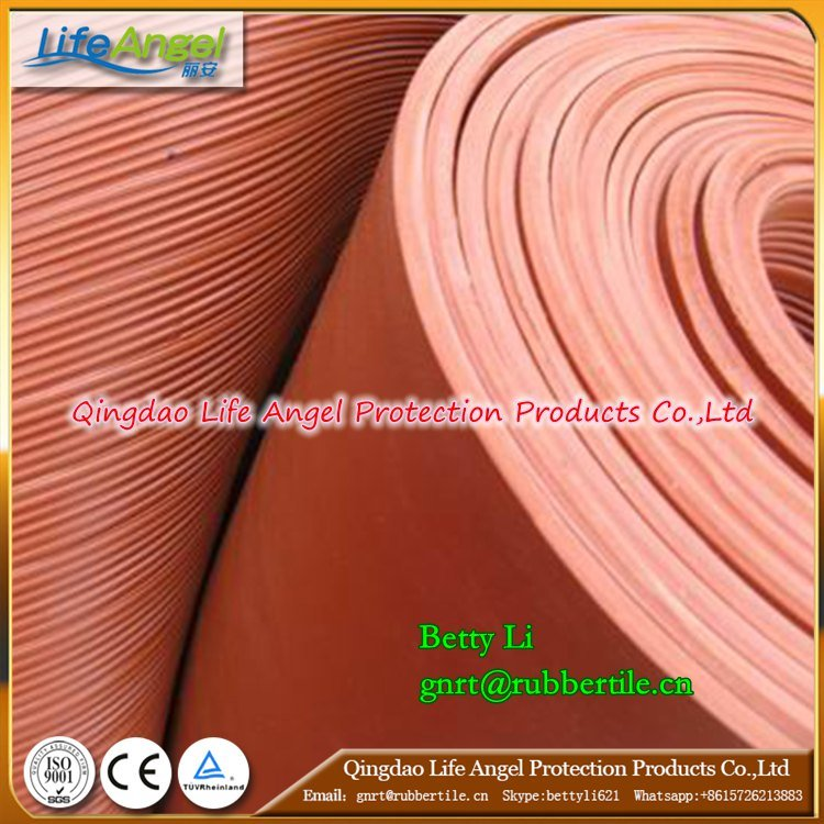 Red and Green China Supplier Rib Rubber Sheet