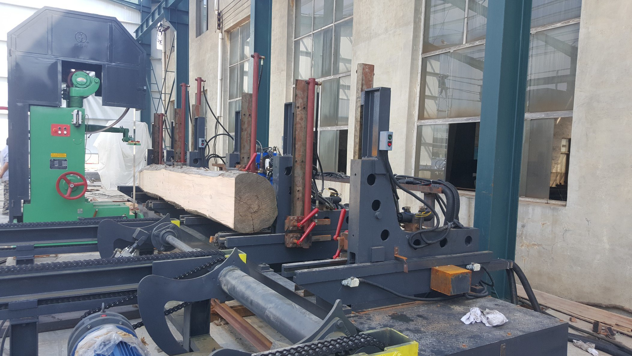 Vertical Planks Cutting Band Saw (MJ329)