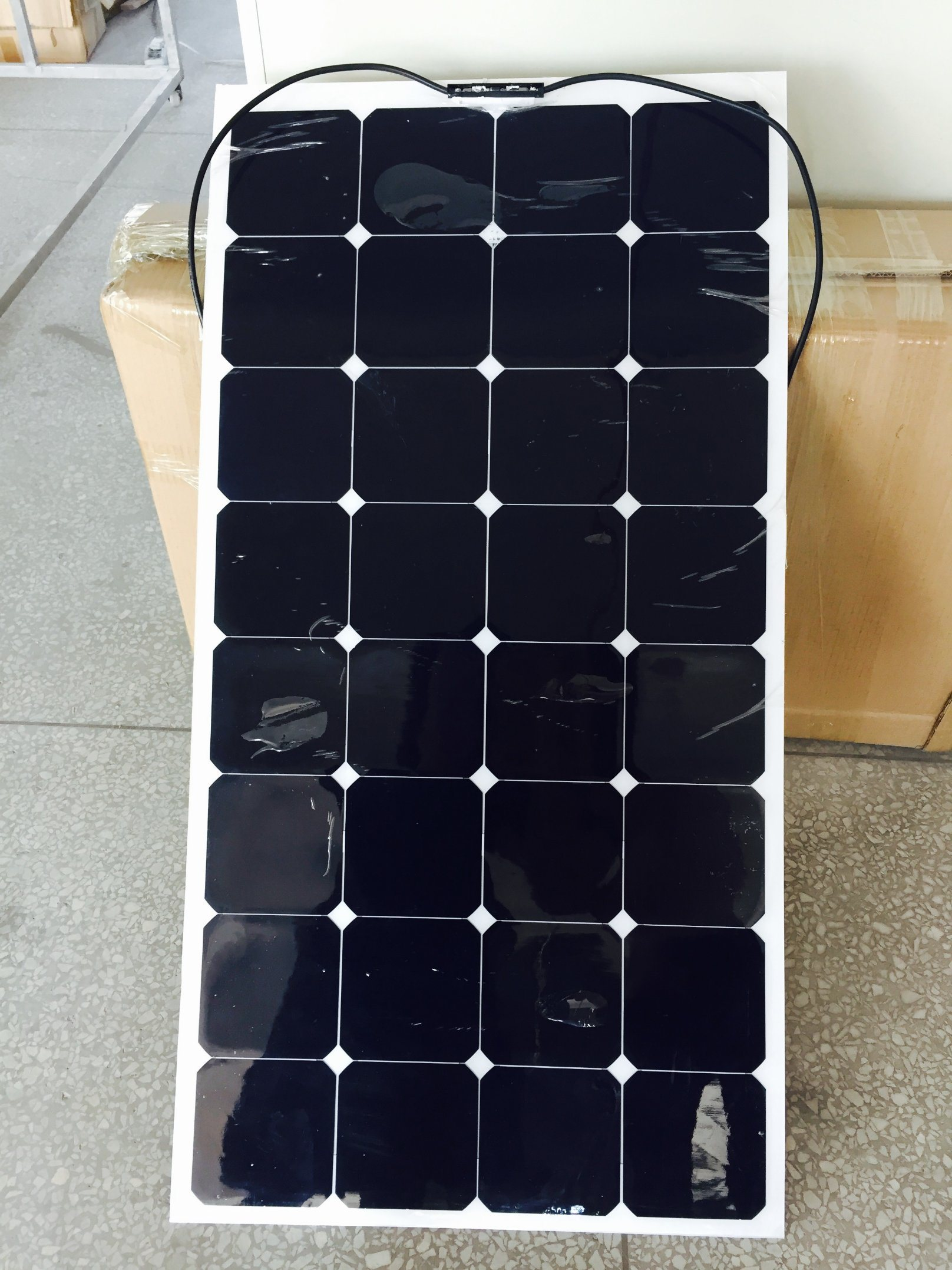 2017 Hot Selling Good Quality RV Marine 100W Flexible Solar Panel