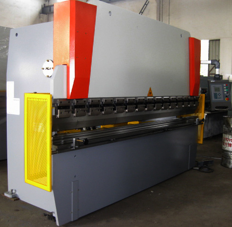 European Quality Nc Press Brake with Da41
