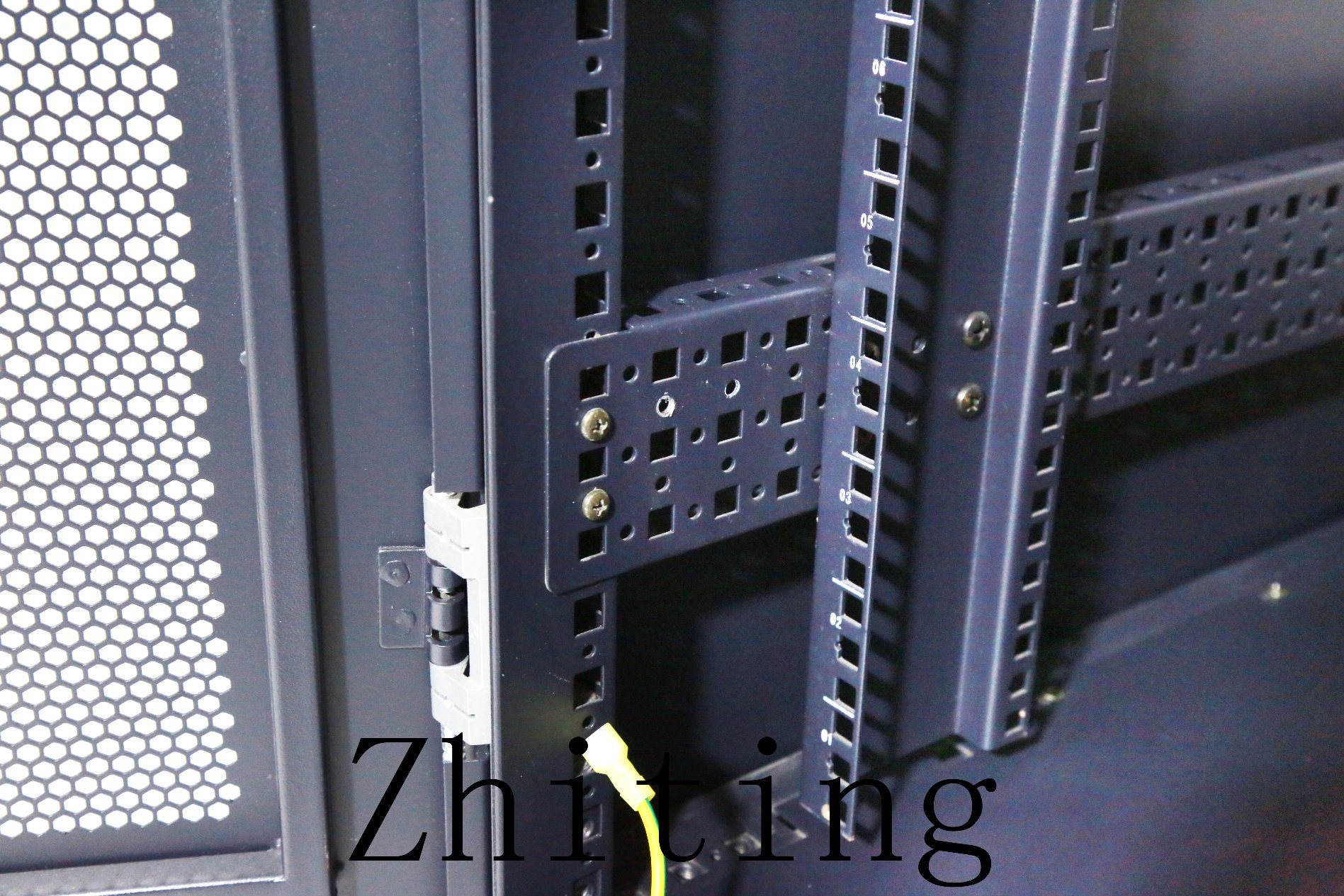 19 Inch Zt HS Series Cabinet Enclosures with Better Permanent Load
