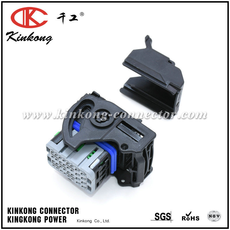 32 Way Molex CMC Receptacle Right Wire Output ECU Plug 64319-3218