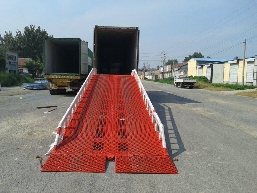 Movable Truck Portable Loading Ramp