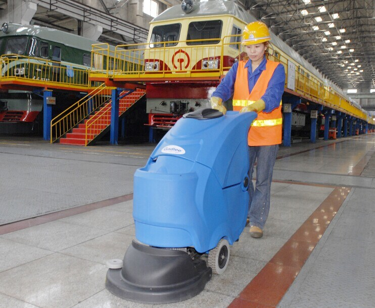 Commercial and Industrial Automatic Walk Behind Scrubber Dryer with Cable