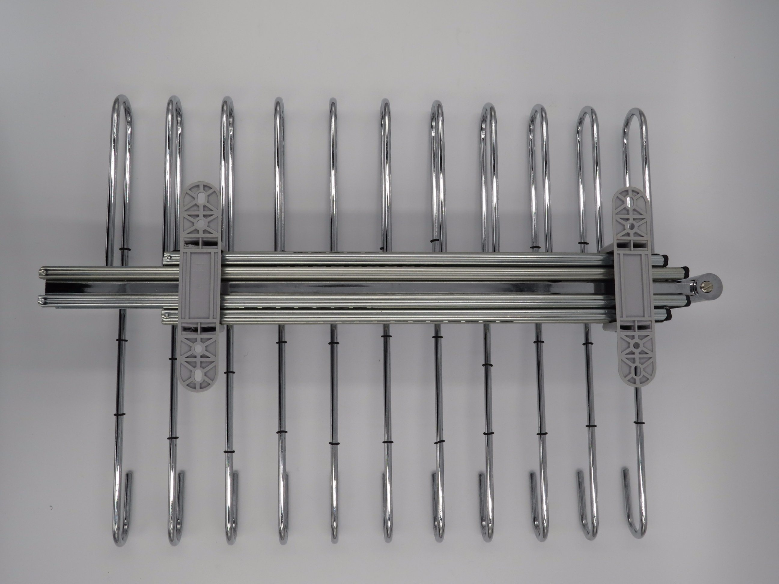 Top Mounted Trousers Rack Chrome Plated with Plastic