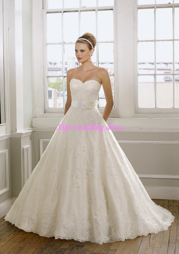 100 Guaranteed 2011 New Gorgeous aLine Strapless Wedding Gowns Bridal
