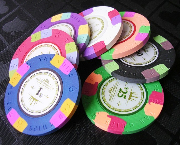 how to tell if poker chips are clay