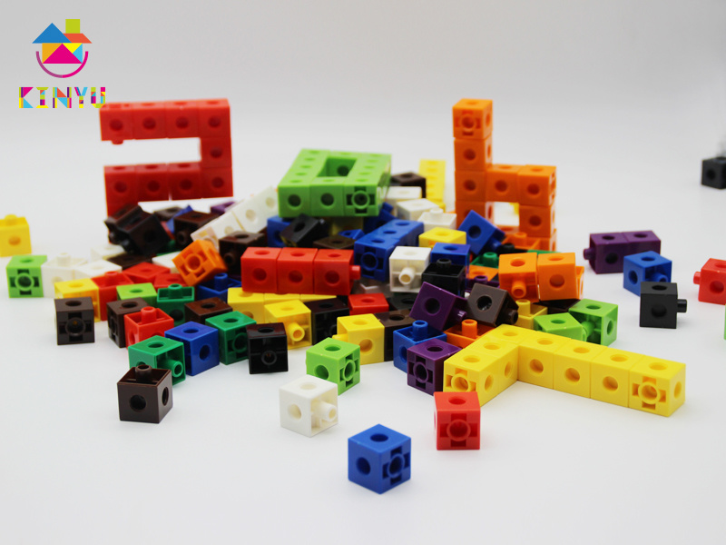 Mathematics Snap Linking Cubes for Kindergarten (K002)