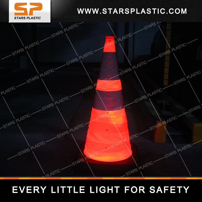 Heavy Duty PVC Collapsible Traffic Cone with Rubber Base and LED Light