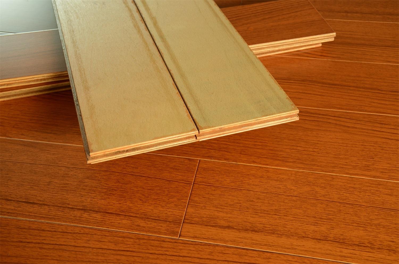 Waterproof Multi-Layer Solid Wood Flooring for Living Room