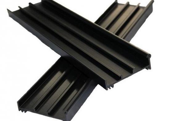 Durable PVDF Coating Aluminium Profiles