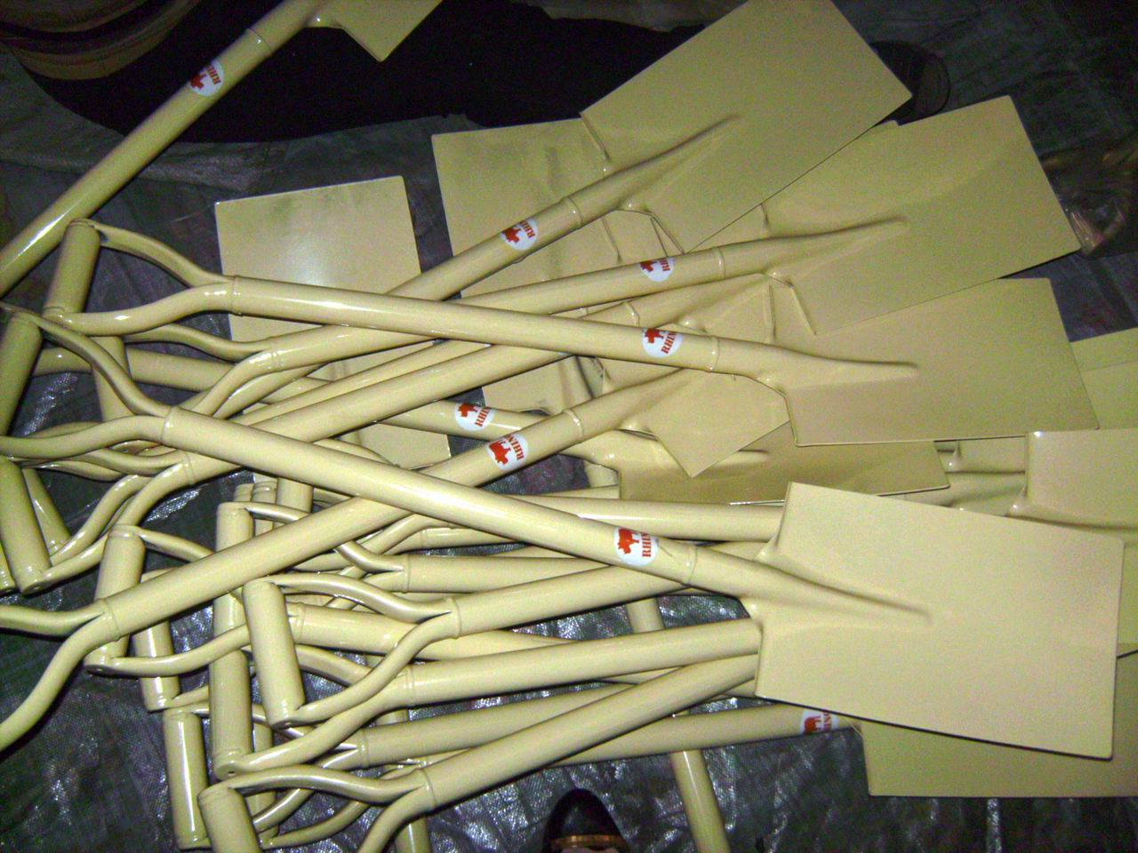 White Painted Garden Steel Spades Shovels for Africa Market