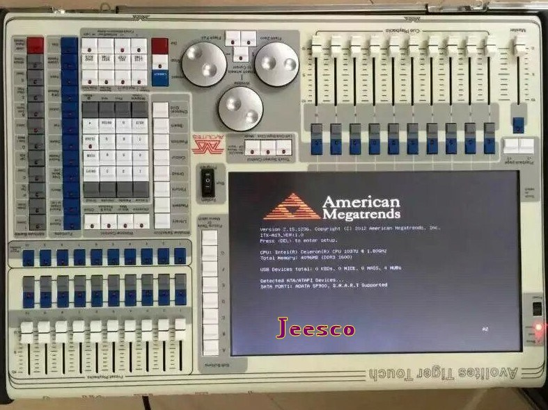 Tiger Touch DMX Lighting Console/Light Controller