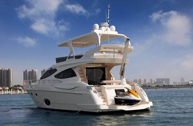 63ft Flybrige Motor Yacht