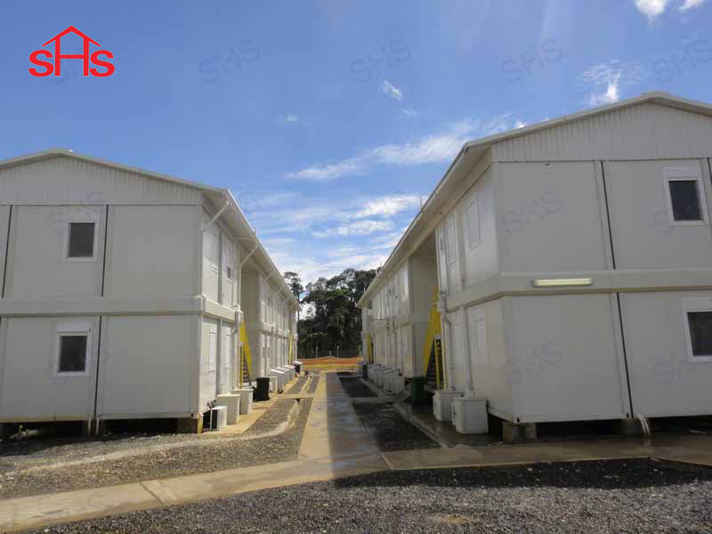 Portable Container Housing with Double Pitch Roof (shs-fp-accommodation025)