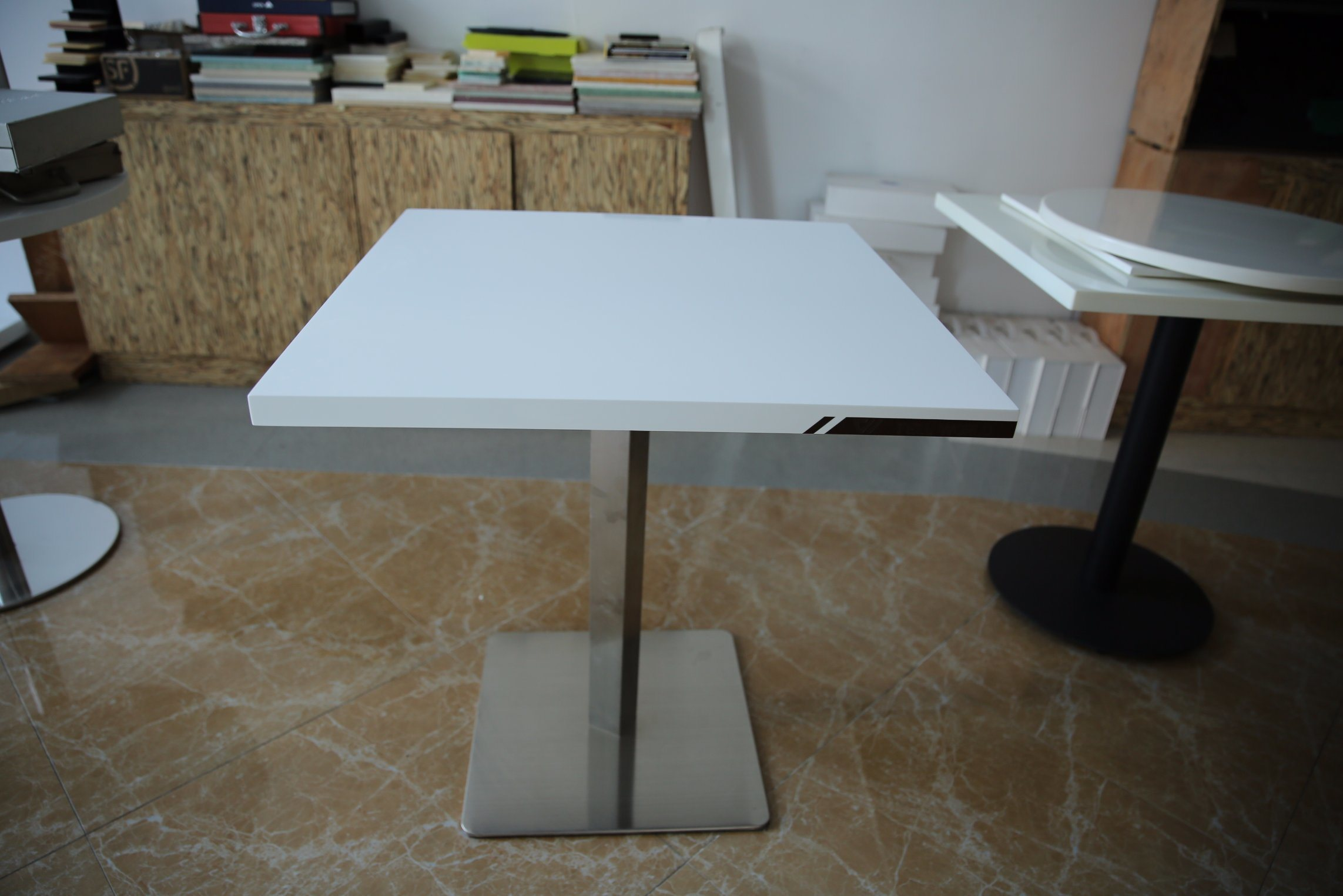Modern Style Artificial Marblre Corian Restaurant Coffee Table
