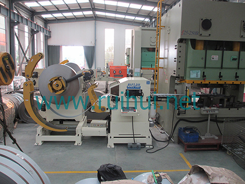 Coil Sheet Automatic Feeder with Straightener for Press Line in Coil Handling Systems