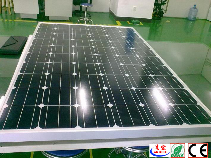 70W Monocrystalline Silicon Sunpower Solar Panel Suit for Solar Street Light