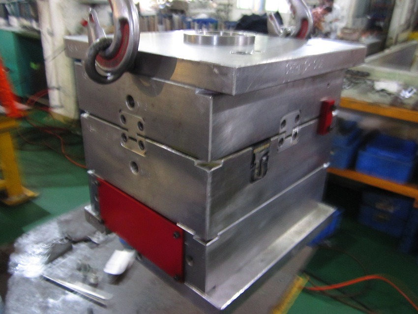 Titl Unit Injection Mold Tooling